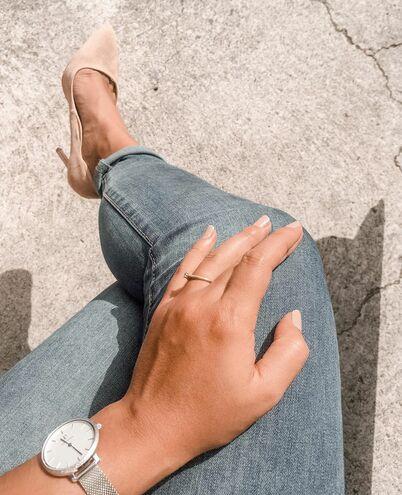 Montre Femme CAPRICE Cadran Argenté Bracelet Acier milanais Argenté