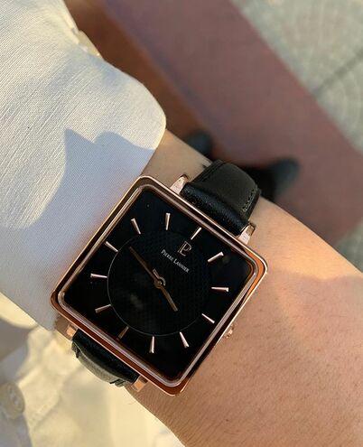Montre Femme LECARÉ Cadran Noir Bracelet Cuir Noir