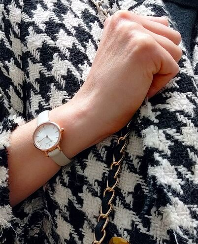 Montre Femme NOVA Cadran Argenté Bracelet Cuir Ecru