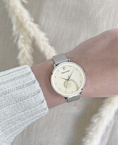 Montre Femme OCEAN Cadran Blanc Bracelet Acier Milanais Argenté