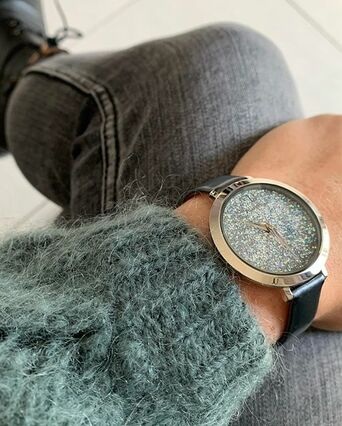 Quartz Ladies Watch CRISTAL Grey Dial Grey Leather Strap