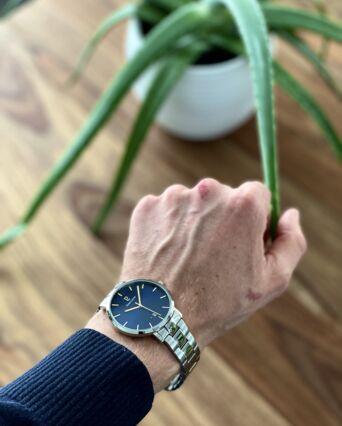 Montre Homme ECHO Cadran Bleu Bracelet Acier Argenté