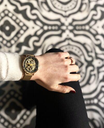 Montre Femme AUTOMATIC Cadran Noir Bracelet Acier milanais Doré